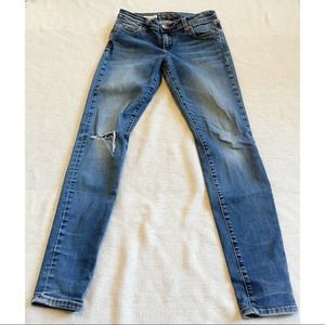 Kut from the Kloth MIA Toothpick Skinny Distressed Jeans - Size 6